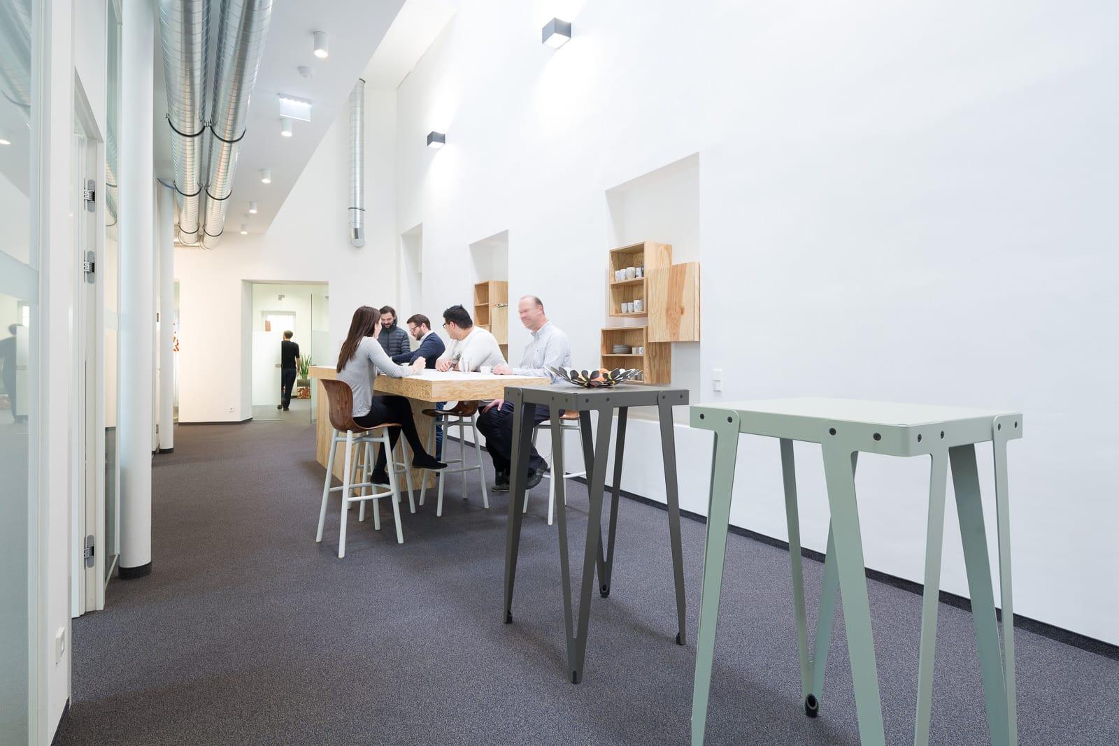 ecx.io IBM Austria Architekturfotos Wels Oberösterreich Industrie Business Architecture in Use Christiane Eckl Innenarchitektur
