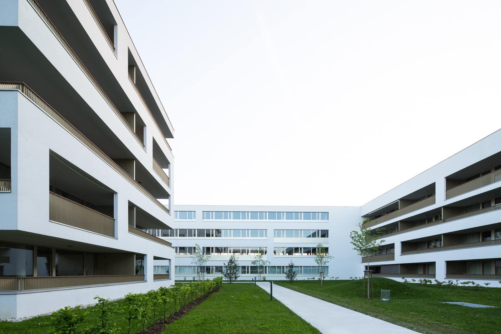 Christiane Eckl - Architekturfotografie aus Wels, Oberösterreich - Innenarchitektur und Außenaufnahmen